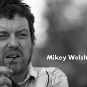 Ex-Weezer bassist Mikey Welsh dies in Chicago hotel room