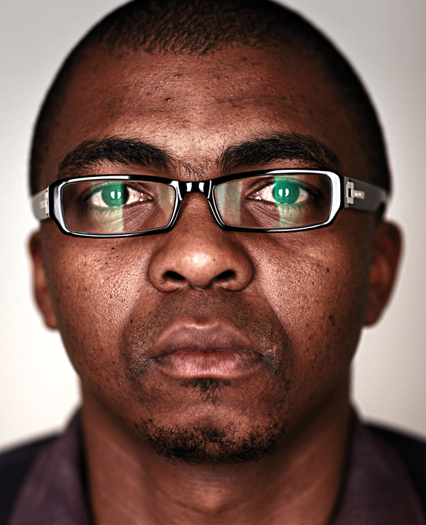 <b>Loyiso Gola</b> - comic