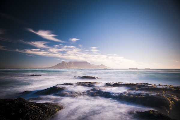 Table Mountain by Henk Badenhorst