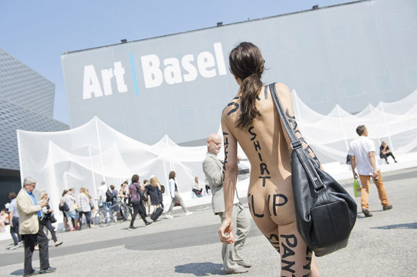 Milo Moire Attends Art Basel Completely Naked